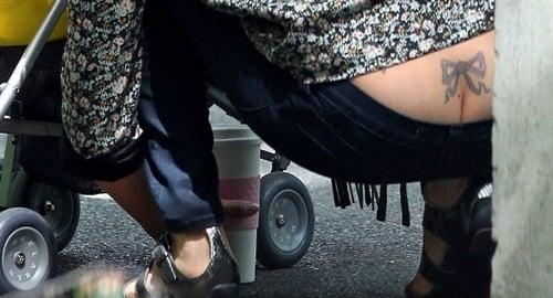 Jessica Alba Shows Butt Crack, Enjoys Anal