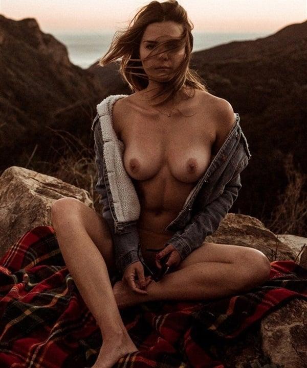 Apologise, Sisters bikini nude sexy hot