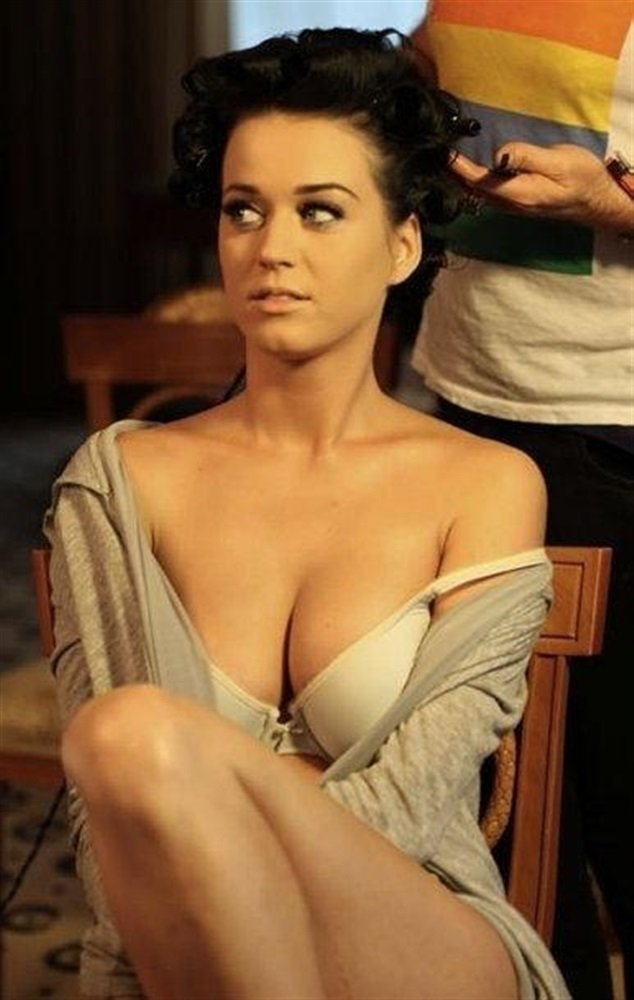 Katy Perry Previously Unreleased Photos And Video