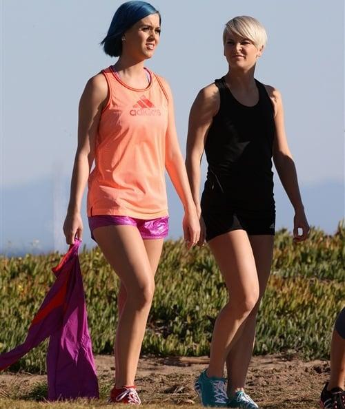 Katy Perry lesbian