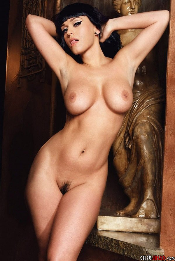 Katy Perry Pretends To Be A Nude Statue-8748