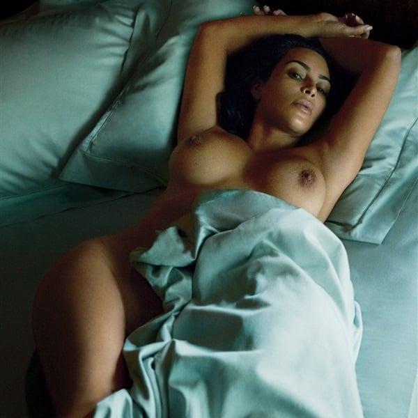 Kim kardashian leaked nude pics, natural oversize breasts pics