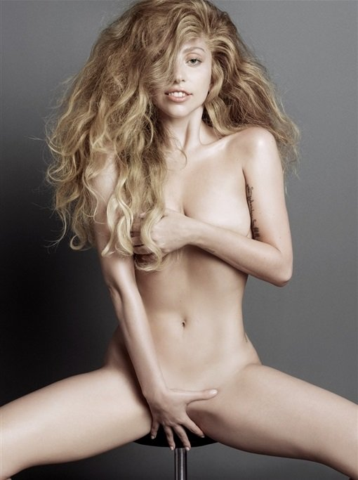 Lady Gaga natural nude