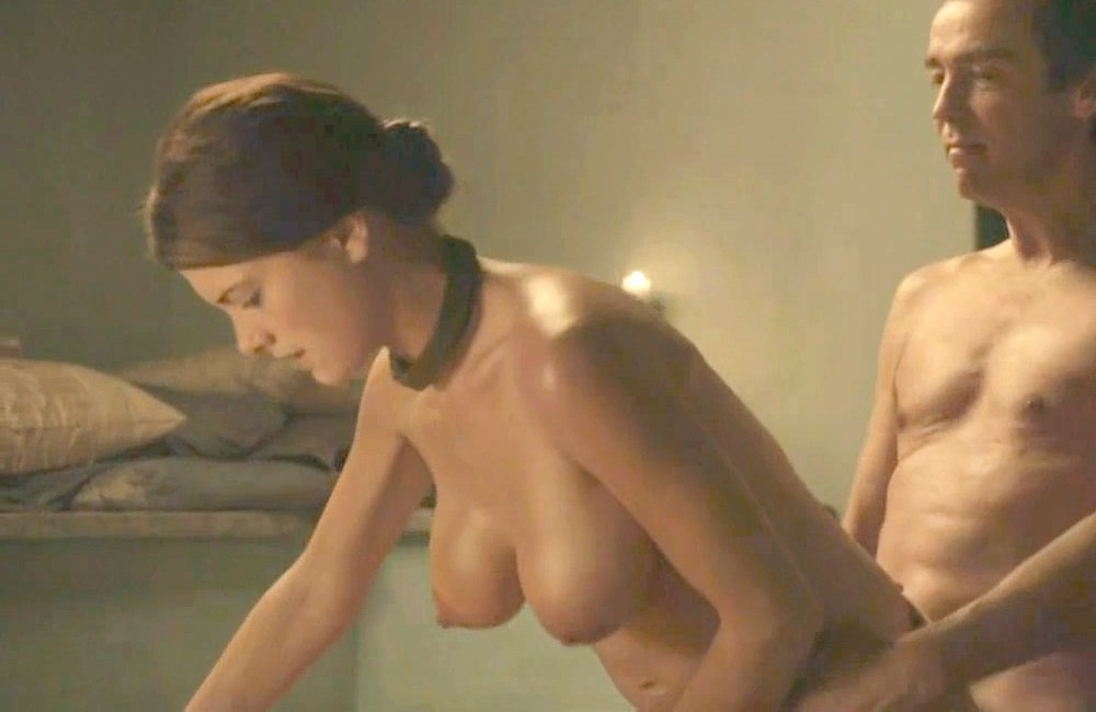 Tits Actress Nude Sex Scene Pic