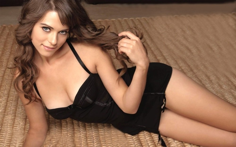 Lyndsy Fonseca Hottest Moments Compilation Video