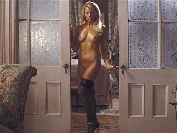 Nude margot scene robbie Margot Robbie