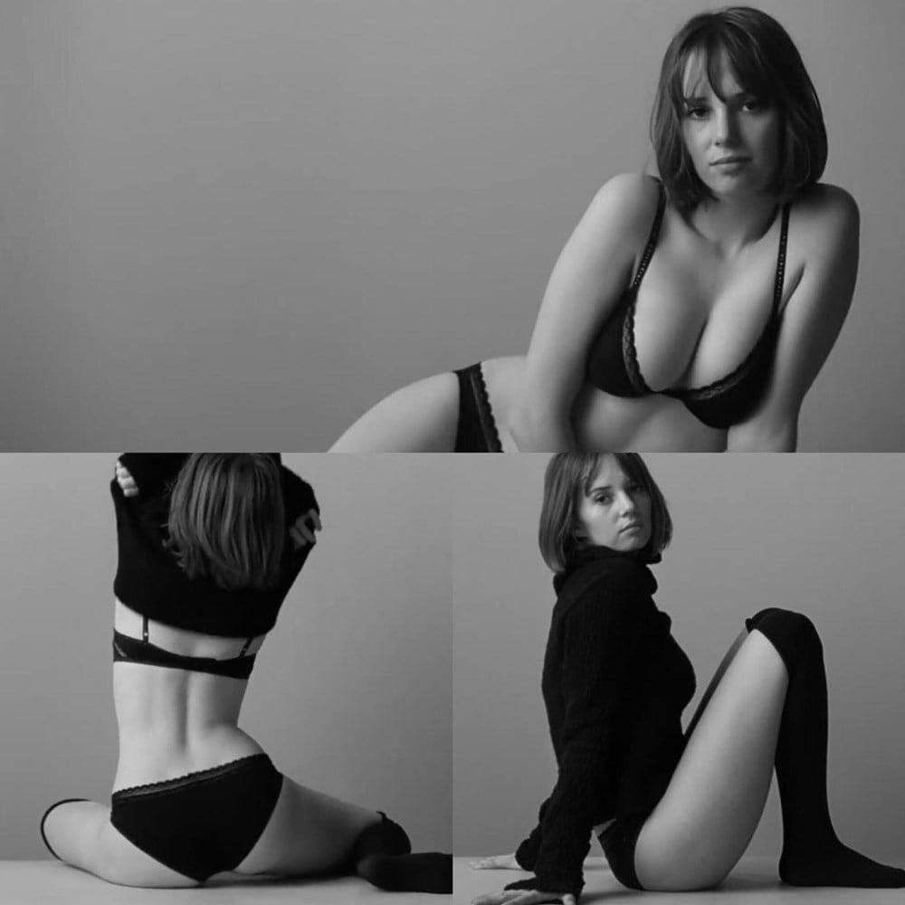 Maya Hawke Topless Nude Titties-3525