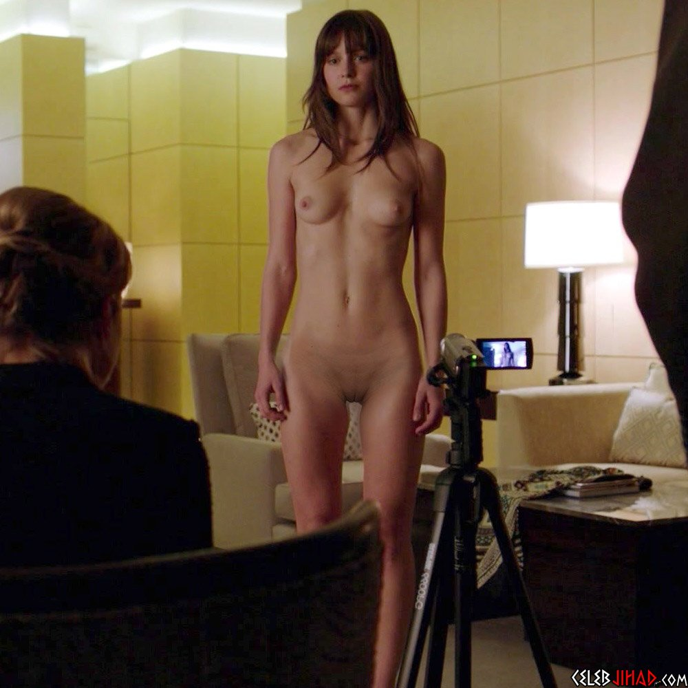 Fully naked scenes in movies