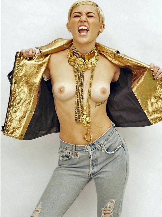 Miley Cyrus High-Res Topless Pic-2790