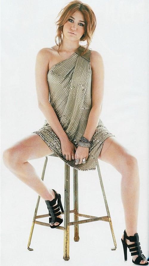 Miley Cyrus lady