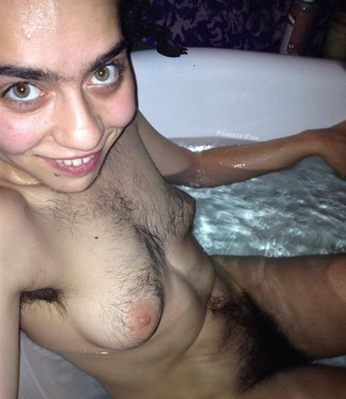 Muslim wife nude