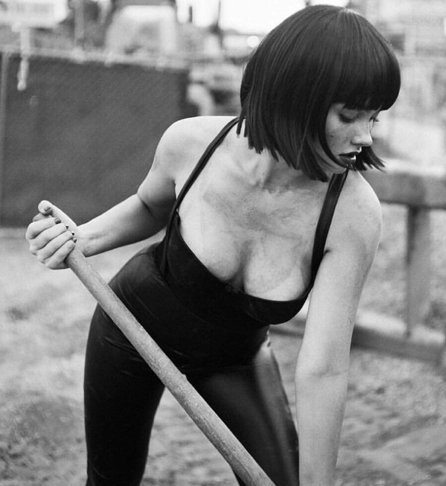 Natalie Alyn Lind digging
