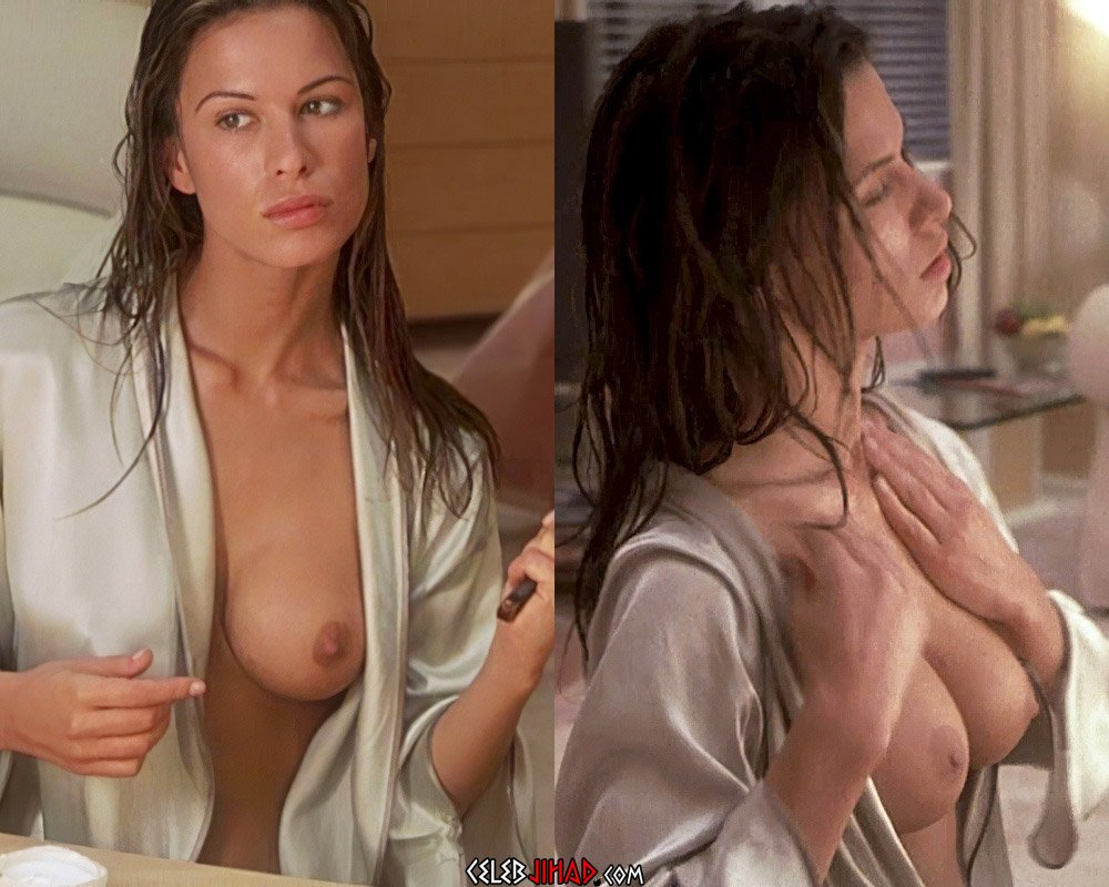 porn-sex-of-rhona-mitra-in-hollow-man-nude-amature-ass