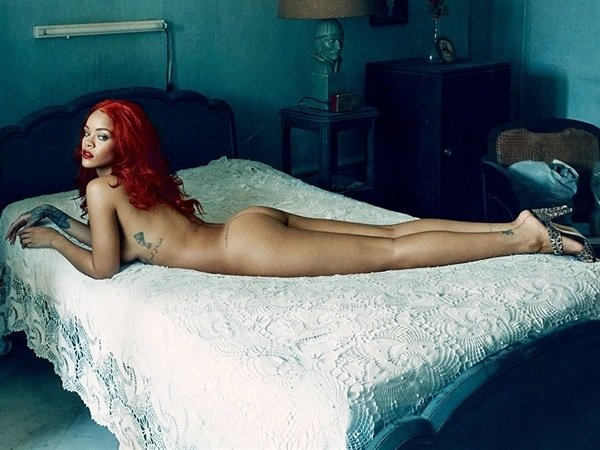 Rihanna Shows Her Ass  Ellie Goulding Shows Her Tits -2924