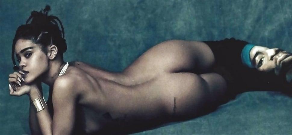 Rihanna's Nude Boobs And Ass