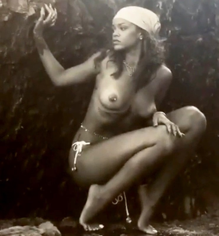 Rihanna topless nude