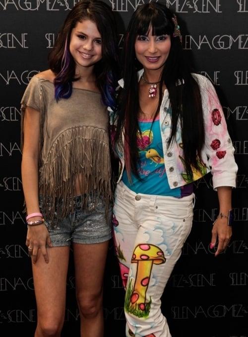 Selena Gomez mom