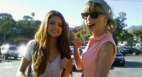 Taylor Swift & Selena Gomez Are Dating Again