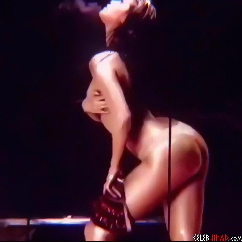 selena-gomez, nude-celebs