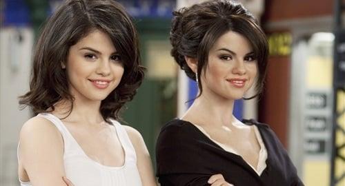 Selena Gomez twin