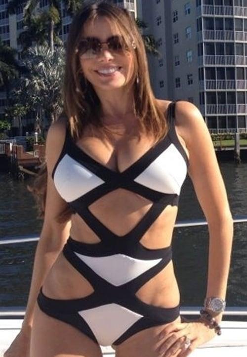 Sofia Vergara swimsuit