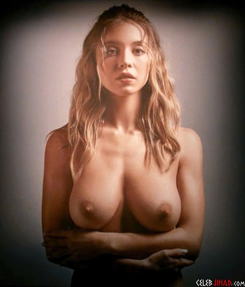 Sydney Sweeney nude