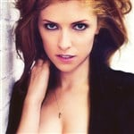 Anna Kendrick Flaunts Her Cleavage