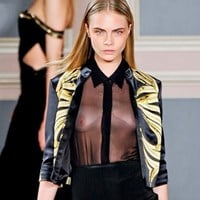 Cara Delevingne Topless Tits For Fashion