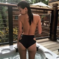 Emily Ratajkowski Drops Some Major Booty On Instagram