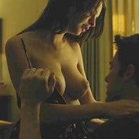 "Emily Ratajkowski ""Gone Girl"" Nude Scene Brightened And Color Corrected"