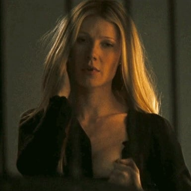 Gwyneth Paltrow Showing Her Nipple GIF