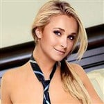 Hayden Panettiere Topless Naughty School Girl
