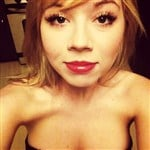 Jennette McCurdy Cleavage Pic