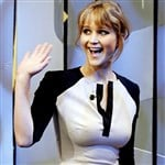 Jennifer Lawrence No Bra Nipple Pic
