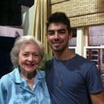 Joe Jonas And Betty White Are Dating