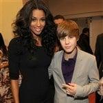 Justin Bieber Fingers Big Black Woman
