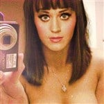 New Katy Perry Topless Selfie Leaked