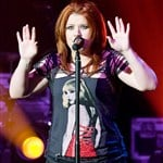 Kelly Clarkson Still Totally Not Fat