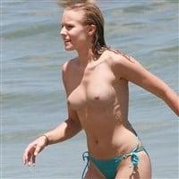 Kristen Bell Topless On A Nude Beach