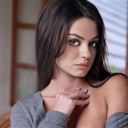 Mila Kunis Fall Nude Photo