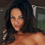 Mila Kunis Shows Off Her Tan Nude Body