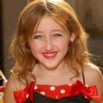 Video Of Noah Cyrus Singing And Dancing Like A Whore