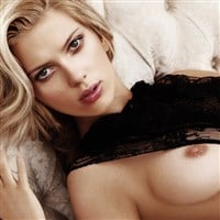 Scarlett Johansson Poses Nude For Playboy