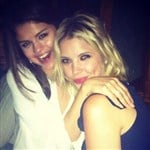 Selena Gomez & Ashley Benson Are Lesbian Lovers