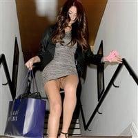 Selena Gomez No Panties Pussy Upskirt