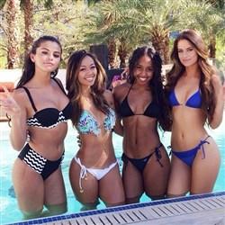 Selena Gomez Cheats On Bieber At Wild Vegas Pool Party