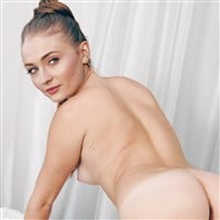 Sophie Turner Cheeky Nude Photo