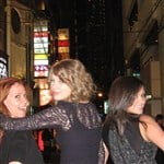 Taylor Swift Big Pimping With 2 Girlfriends
