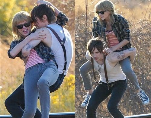Taylor Swift wrestling