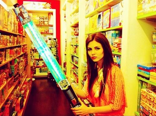 Victoria Justice Star Wars